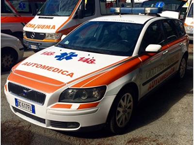 AUTOMEDICA VOLVO V50